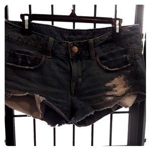 American Eagle distressed jean shorts 4